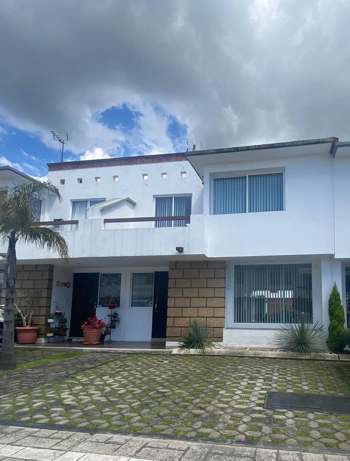 Foto Casa en condominio en Venta en  Ocoyoacac ,  Edo. de México  Casa en venta en Fraccionamiento Bosque de los Encinos en Ocoyoacac