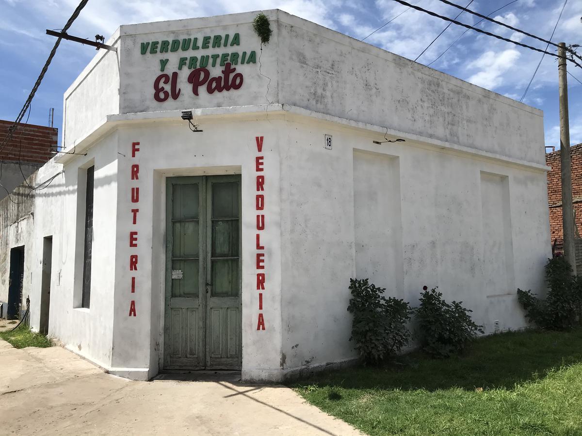 Foto Local en Alquiler en  General Belgrano,  General Belgrano  Avenida España y Rivadavia