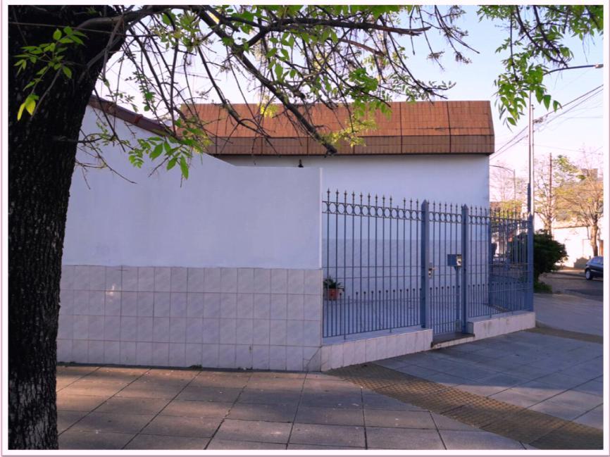 Foto Casa en Venta en  Liniers ,  Capital Federal  Jose León Suarez al 800