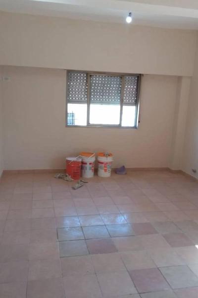 Foto Departamento en Alquiler en  San Miguel,  San Miguel  PERON al 3200