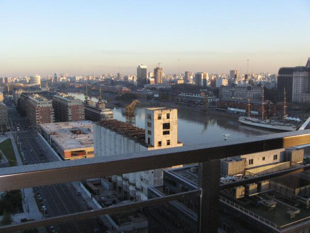 Torre River View, Puerto Madero