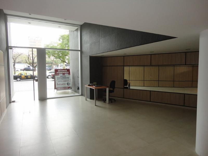 Foto Departamento en Alquiler en  Monserrat,  Centro  IRIGOYEN BERNARDO DE 600 departamento 906