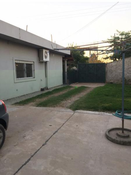 Foto Casa en Venta en  Monte Grande,  Esteban Echeverria  J. P. Ferrarotti al 300