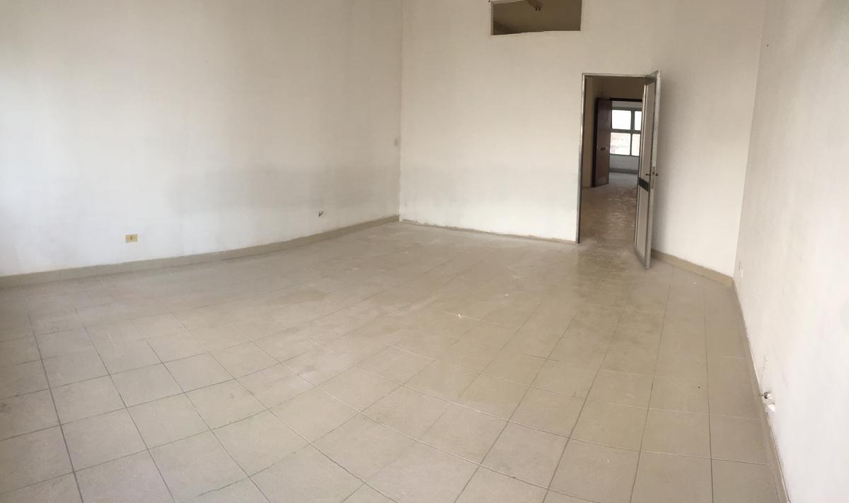 Foto Oficina en Alquiler en  Lomas de Zamora Este,  Lomas De Zamora  Almirante Brown 2289 1º PISO