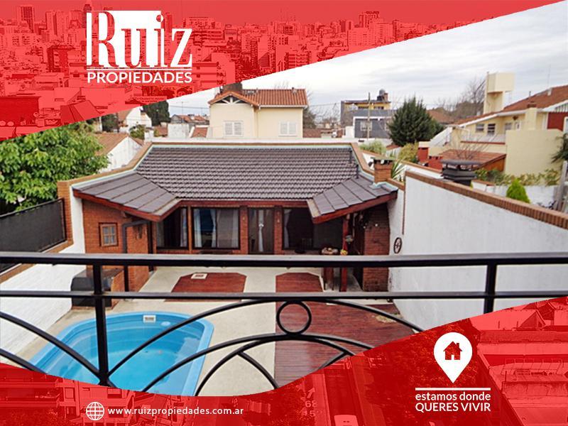 Foto Casa en Venta en  Carapachay,  Vicente Lopez  Almafuerte al 5700