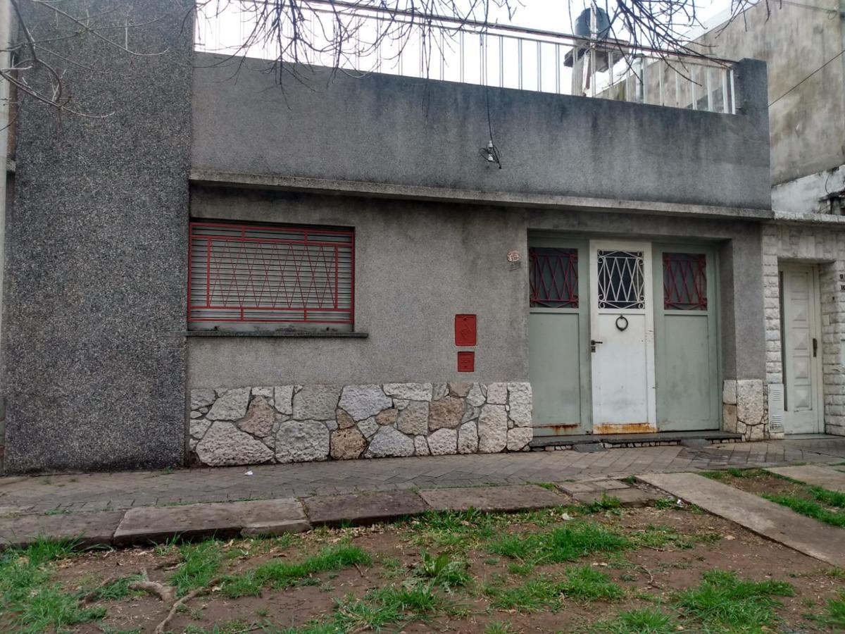 Foto Casa en Venta en  Azcuenaga,  Rosario  MATIENZO 932(Entre San Luis y Marcoz Paz)