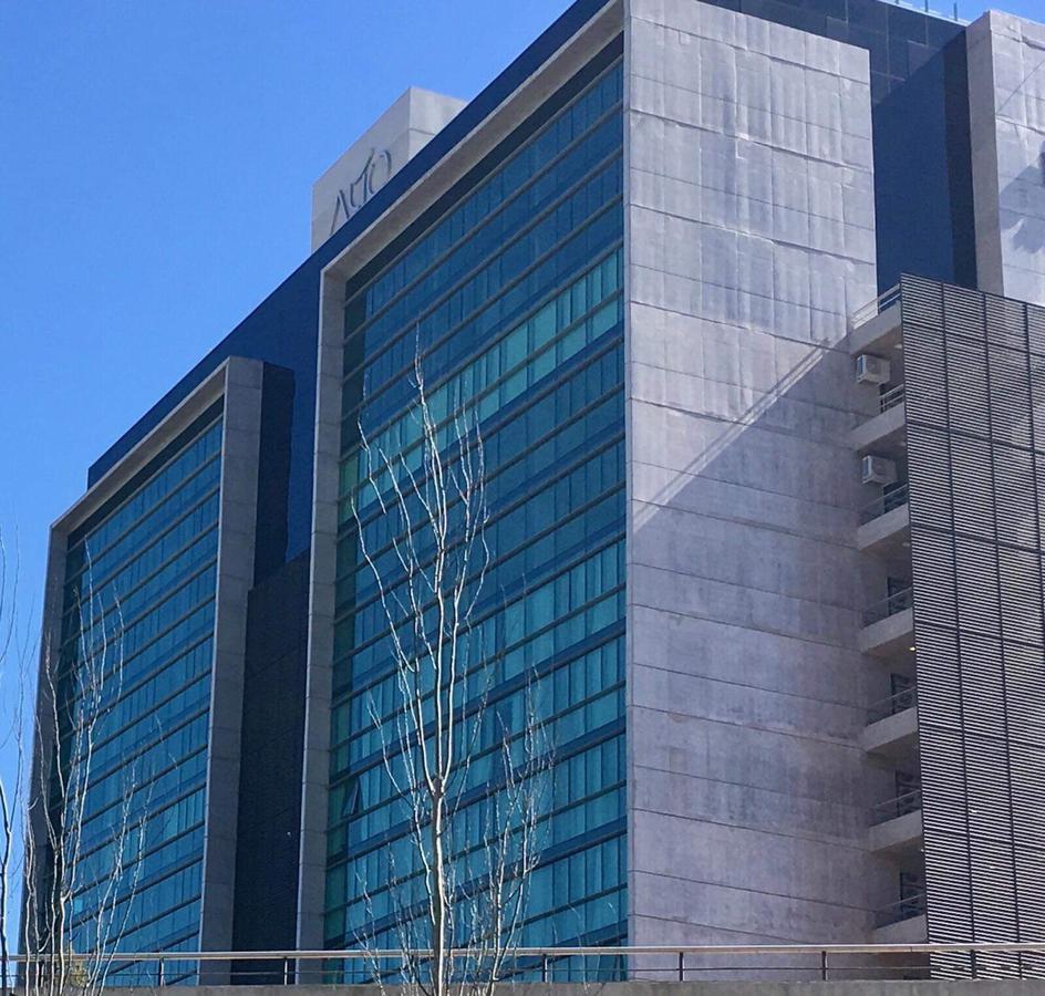 Edificio Alto Buró. Junín 191