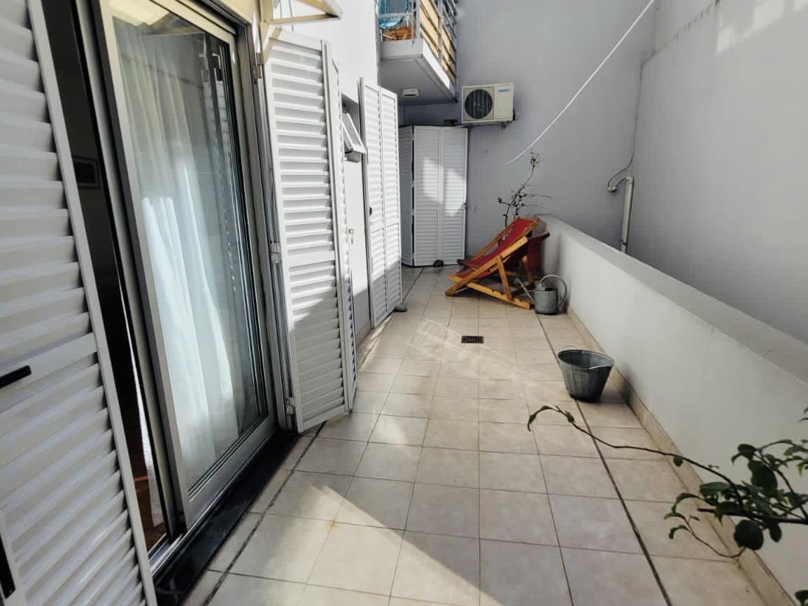 Foto Departamento en Venta en  Caballito ,  Capital Federal  Av. Pedro Goyena al 700