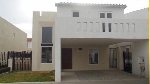 Foto Casa en Renta en  Metepec ,  Edo. de México  CASA EN RENTA EN EL CASTAÑO METEPEC