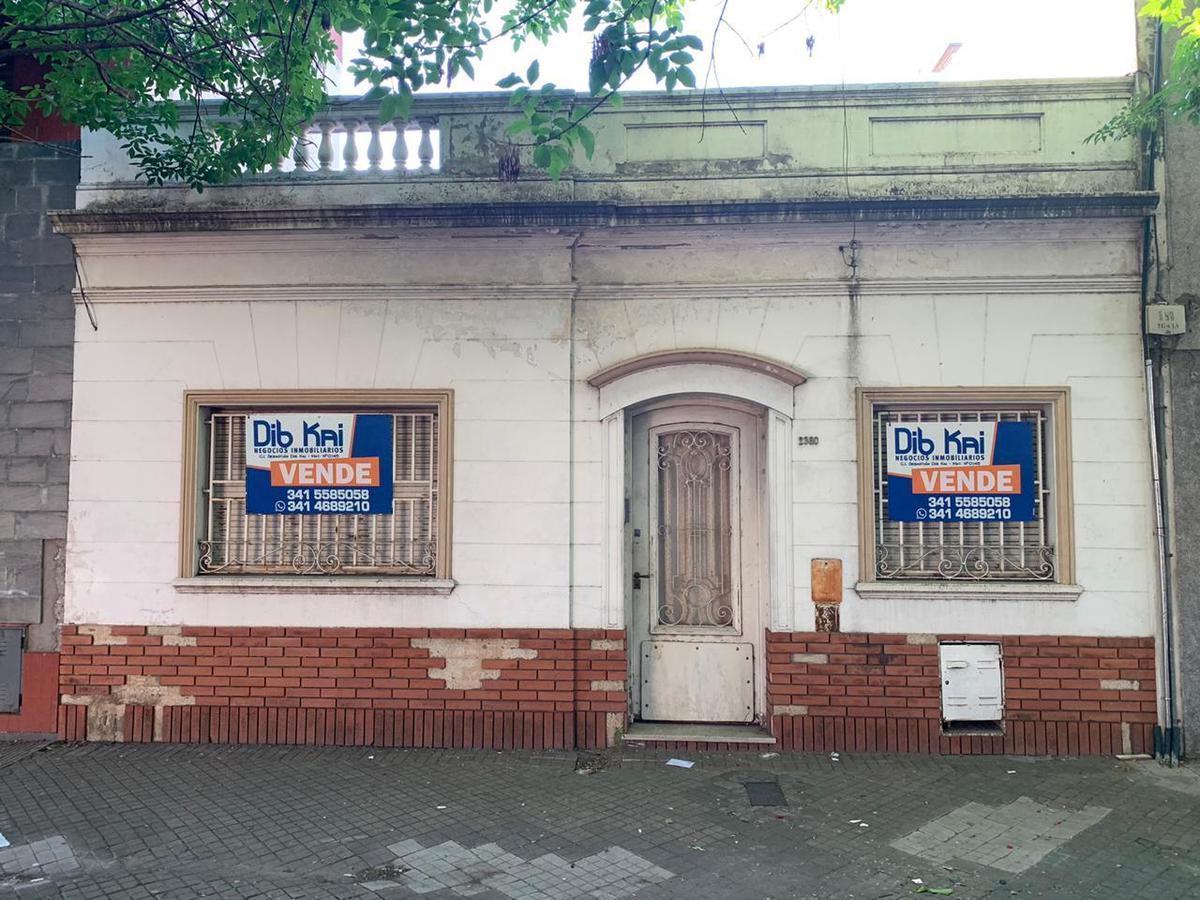 Foto Casa en Venta en  Abasto,  Rosario  Italia al 2300