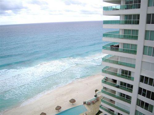 Foto Departamento en Venta en  Zona Hotelera,  Cancún  VENDO DEPARTAMENTO EN BAY VIEW GRAND