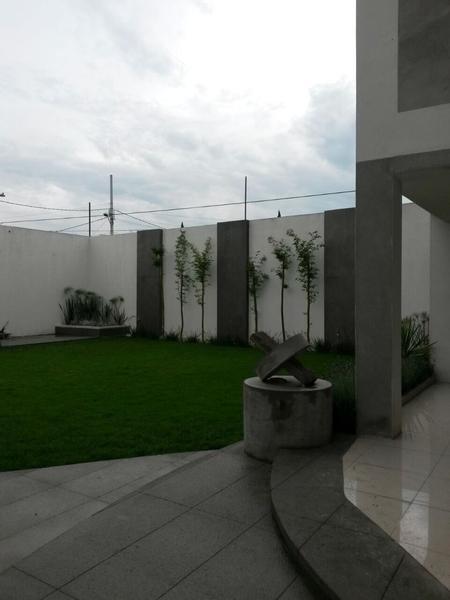Foto Edificio Comercial en Venta en  Ocho Cedros,  Toluca  Edificio Cedros en VENTA, obra blanca para oficinas corporativas, Estado de México