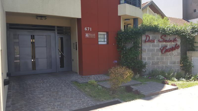 Foto Departamento en Alquiler en  Lomas de Zamora Oeste,  Lomas De Zamora  SAENZ al 600
