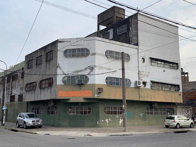 Foto Galpón en Venta en  Caseros,  Tres De Febrero  Juan Manuel de Rosas al 3500