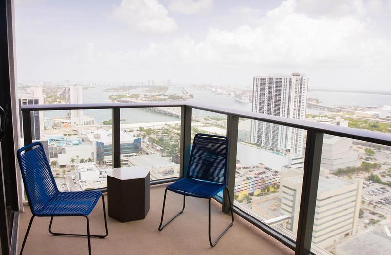 Foto Departamento en Venta en  Miami-dade ,  Florida  Miami-
