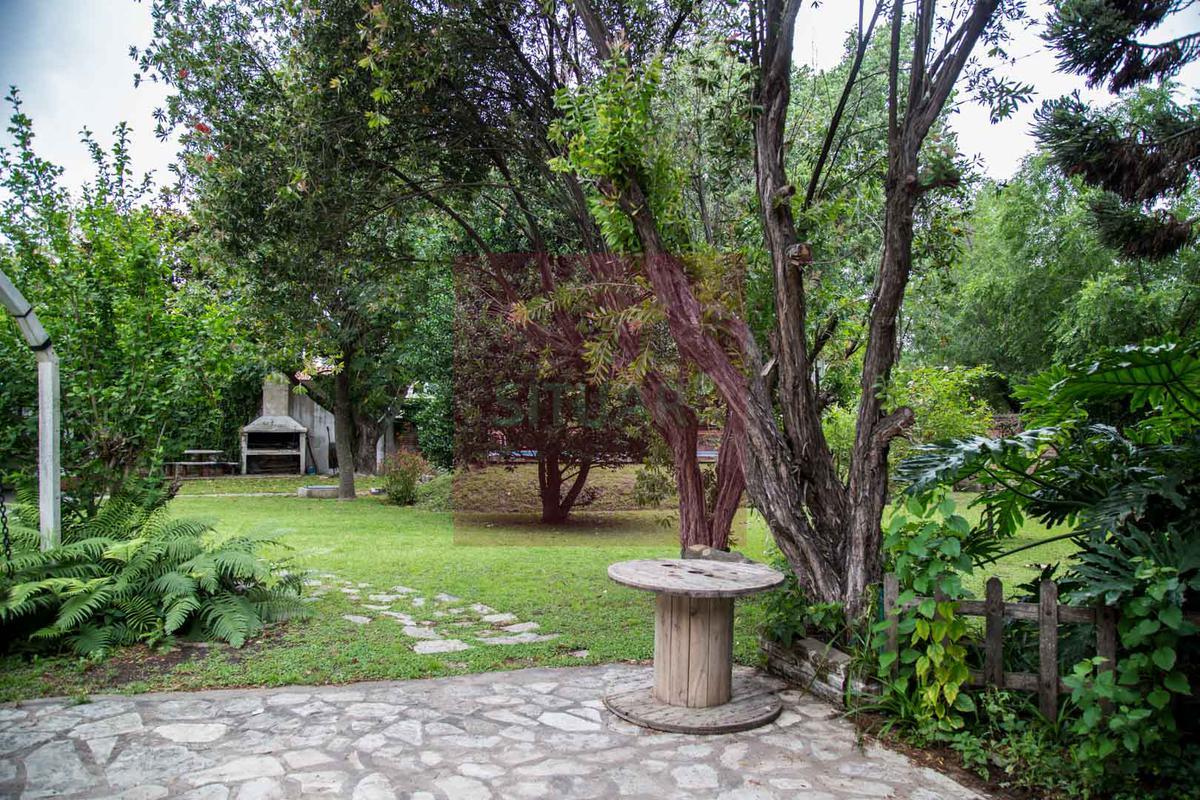 Foto Casa en Venta en  B.Corimayo,  Burzaco  Alippi al 600