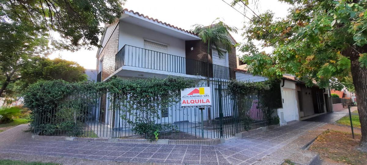 Foto Casa en Alquiler en  La Capital ,  Santa Fe  GRAND BOURG al 4000