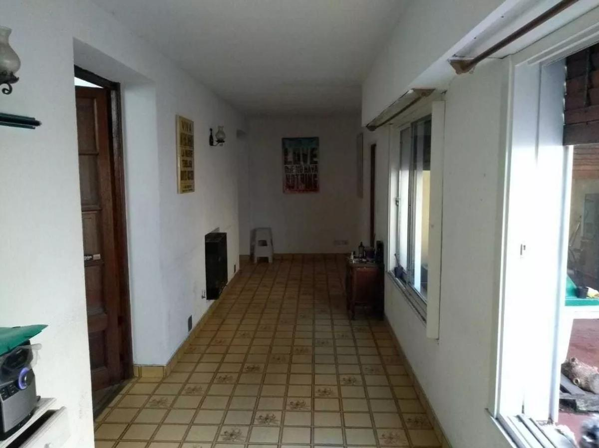 Foto PH en Alquiler en  Tolosa,  La Plata  3 e/ 527 y 528