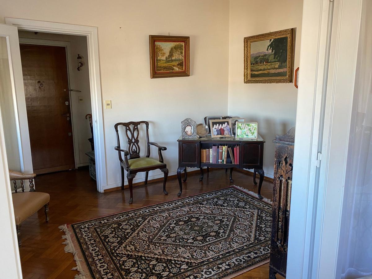 Foto Apartamento en Venta en  Centro (Montevideo),  Montevideo  CONSTITUYENTE 100