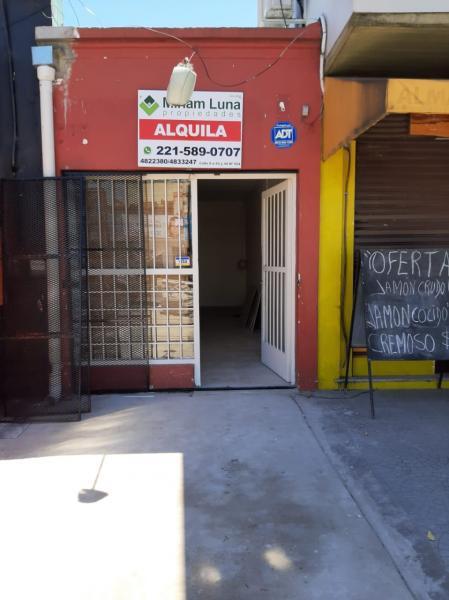 Foto Local en Alquiler en  Los Hornos,  La Plata  66 y al 100