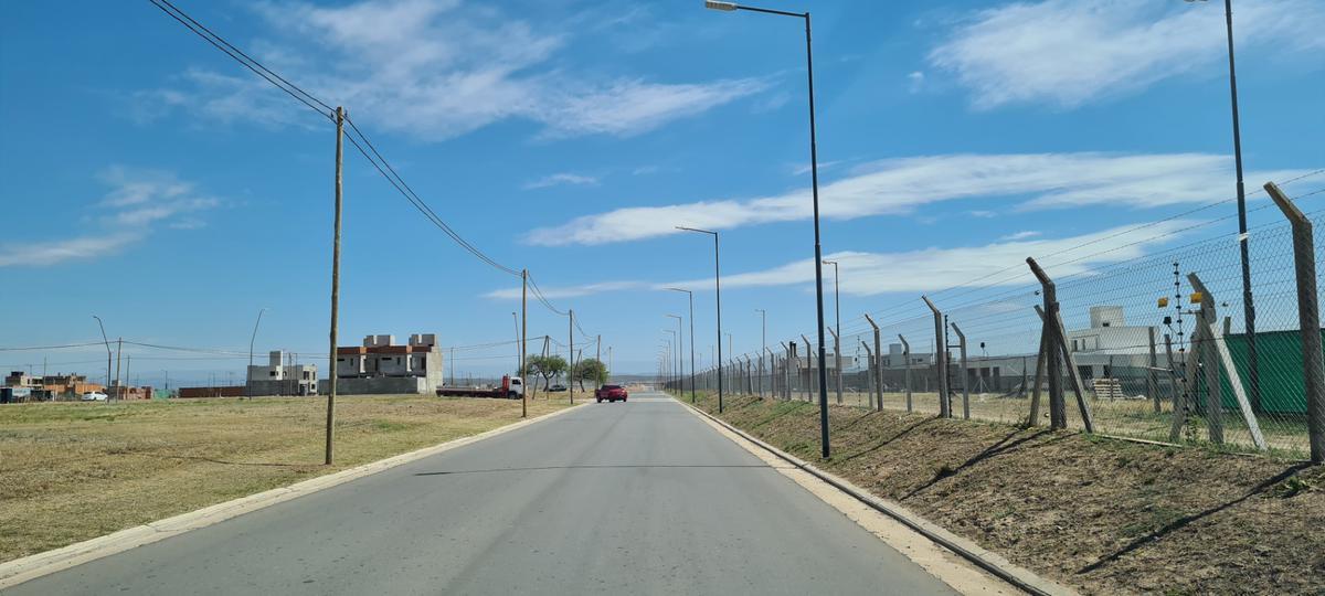 Foto Terreno en Venta en  Rincones de Manantiales,  Cordoba Capital  Terreno - Rincones de Manantiales - Central, Apto Duplex!
