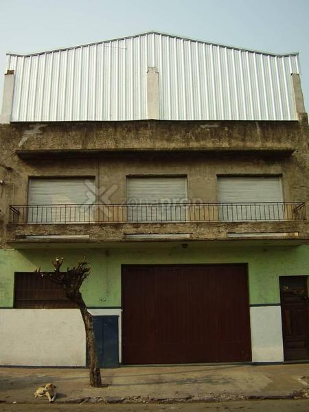 Foto Galpon en Venta |  en  Villa Martelli,  Vicente Lopez  Balcarce 800