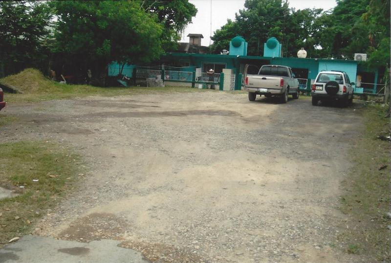 Foto Terreno en Venta en  Electricista,  Pánuco  CTV3199E-285 Prol. Venustiano Carranza Terreno LONA 39