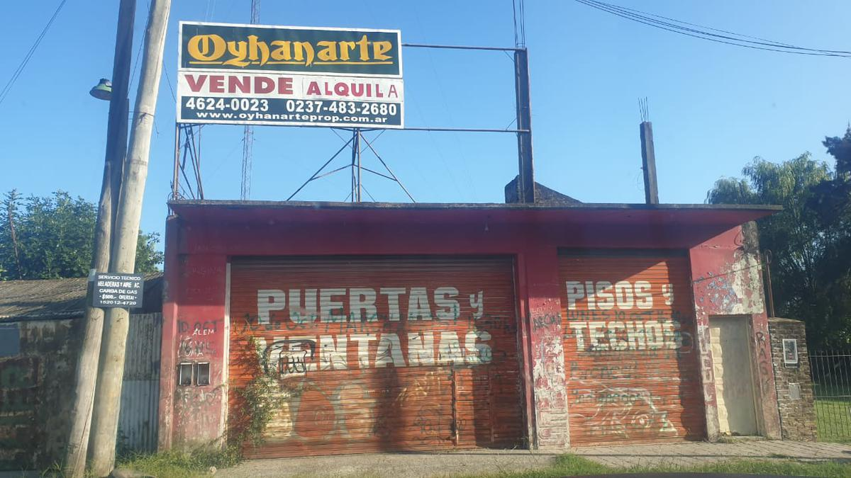 Foto Depósito en Alquiler en  General Rodriguez ,  G.B.A. Zona Oeste  Acceso Oeste Colectora Norte km48 esquina Puente de Chañar