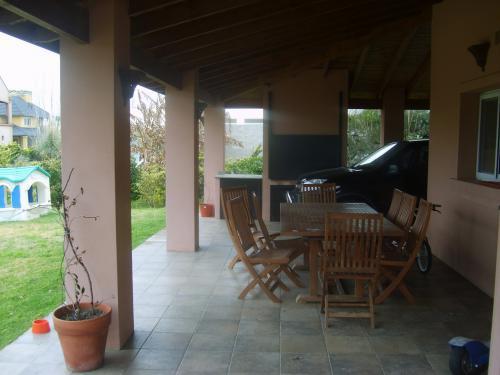 Foto Casa en Venta en  San Eliseo Golf & Country,  Countries/B.Cerrado (San Vicente)  Venta y alquiler - Casa en San Eliseo