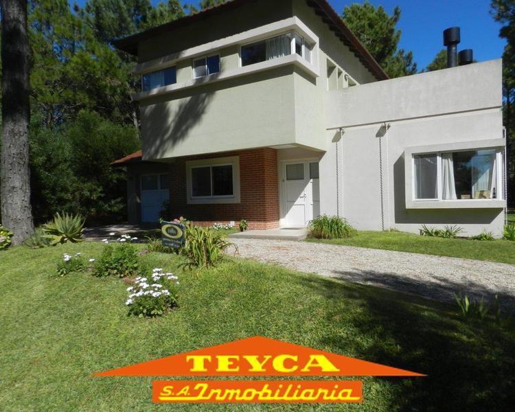Foto Casa en Venta en  Pinamar ,  Costa Atlantica  Poseidon 328
