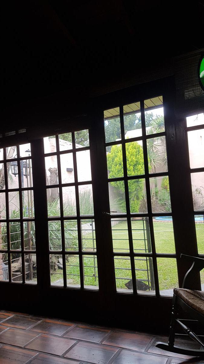 Foto Casa en Venta en  General San Martin,  General San Martin  Matheu Nº 4300