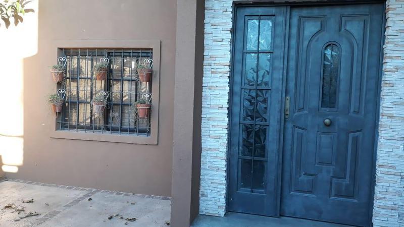 Foto Casa en Venta en  Quilmes ,  G.B.A. Zona Sur  Padre Bruzone 169 Ezpeleta