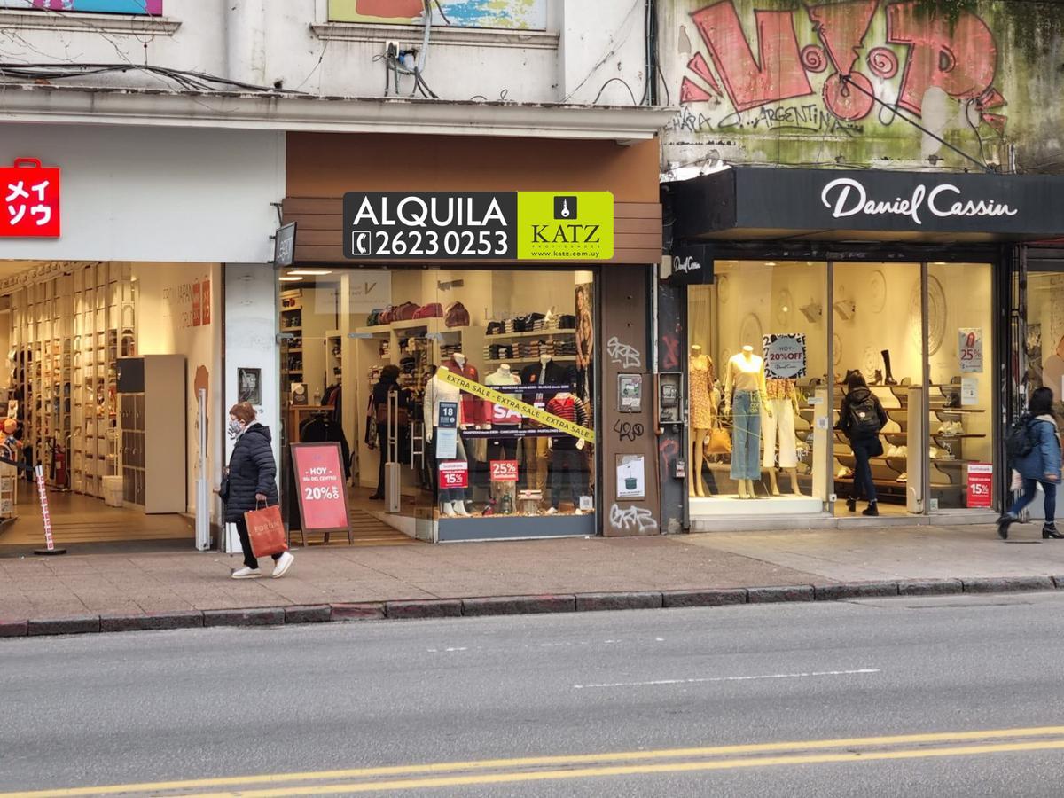 Foto Local en Alquiler en  Cordón ,  Montevideo  18 de julio entre Gaboto y Tristán Narvaja, local frente a Universidad!!!