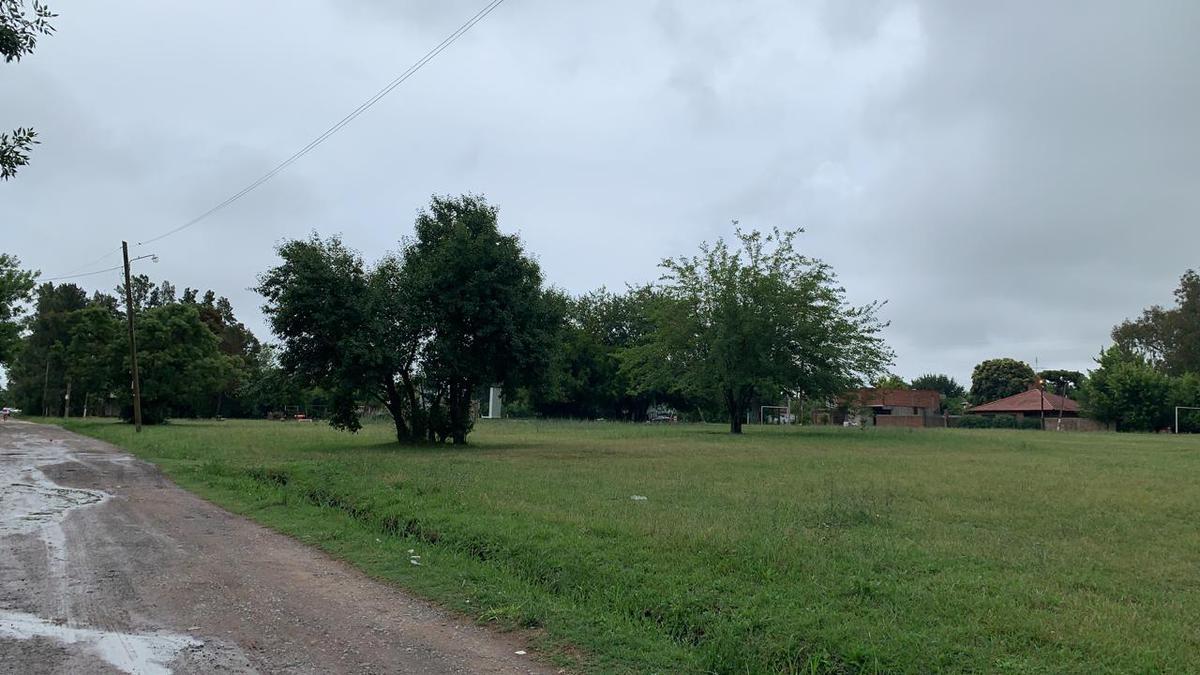 Foto Terreno en Venta en  Villa Parque Sicardi,  La Plata  Villa Parque Sicardi