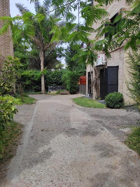 Foto Casa en Venta en  Casuarinas de Canning,  Canning (Ezeiza)  VENTA Duplex en Casuarinas I