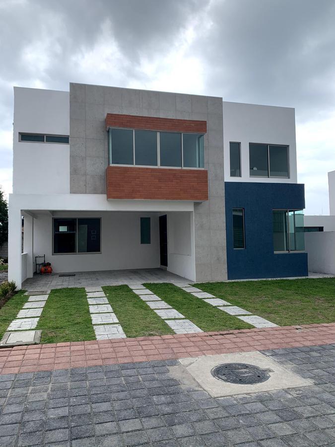 Foto Casa en condominio en Venta en  San Bartolomé Tlaltelulco,  Metepec  VENTA DE CASA DE 5 RECAMARAS  EN CONDOMINIO EN METEPEC