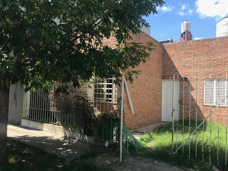 Foto Casa en Alquiler en  La Plata ,  G.B.A. Zona Sur  6 bis entre 125 y 126