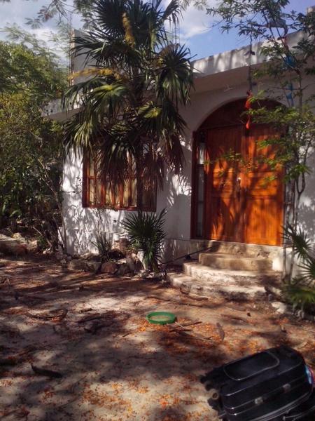 Foto Casa en Venta en  Candelaria,  Valladolid  Quinta Valladolid - Calle 80 esquina  con Calle  35  Col. Emiliano Zapata