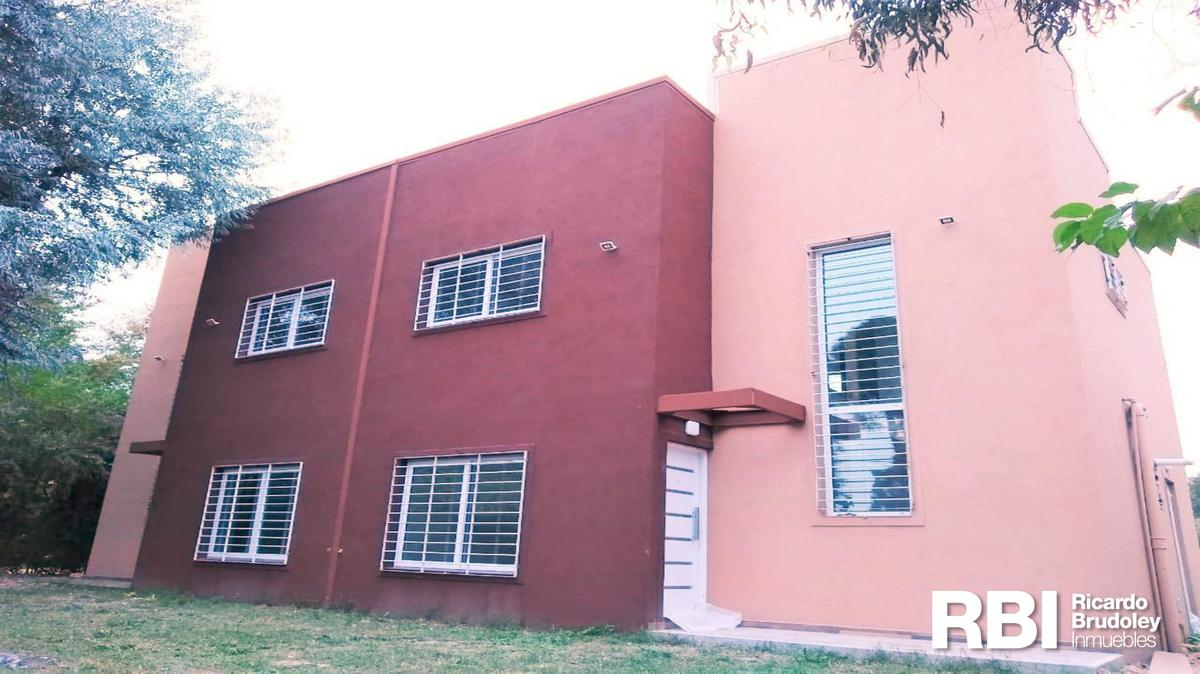 Foto Casa en Venta en  Robles Del Monarca,  Manuel Alberti  Robles del Monarca, Pilar