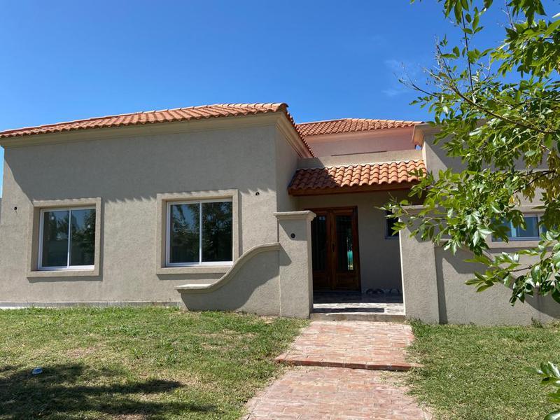 Foto Casa en Venta | Alquiler en  Santa Juana,  Canning  SANTA JUANA