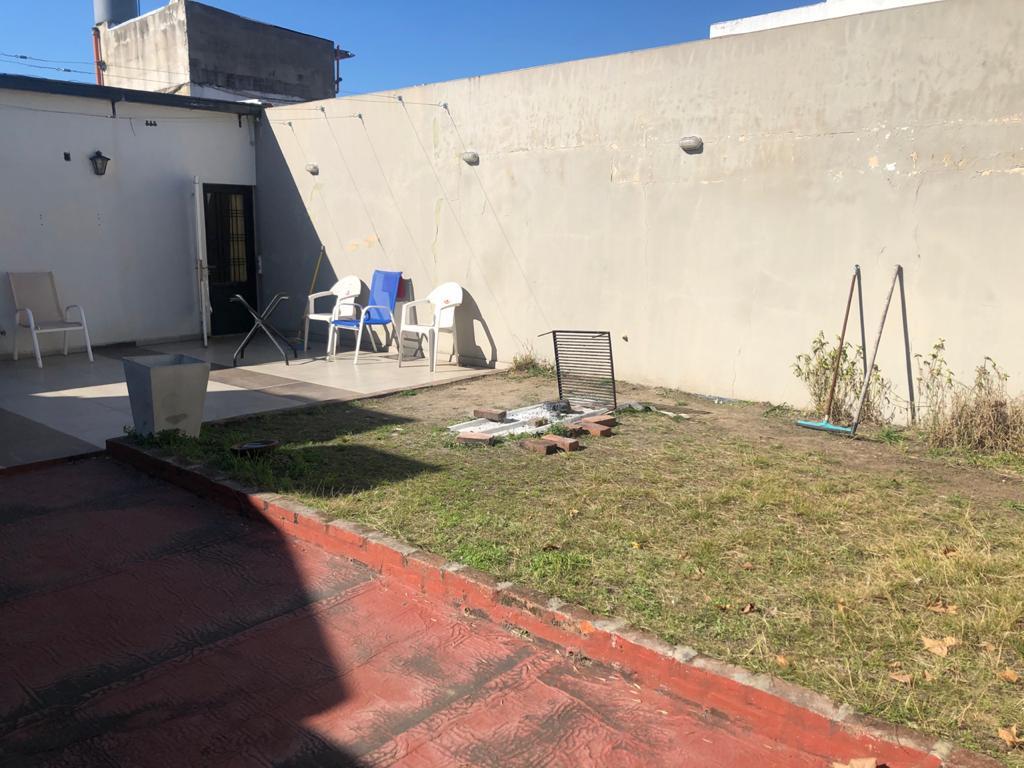 Foto Local en Venta en  Saavedra ,  Capital Federal  Deposito-fabrica en Saavedra Villa Urquiza a cuadras de Av Larralde