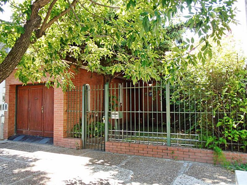 Foto Casa en Venta en  Villa Pueyrredon ,  Capital Federal  Cochrane al 2500