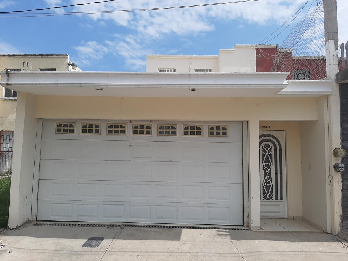 Foto Casa en Venta en  Culiacán ,  Sinaloa  CASA EN VENTA IDEAL PARA NEGOCIO EN LA ESTANCIA 7, SECTOR AEROPUERTO