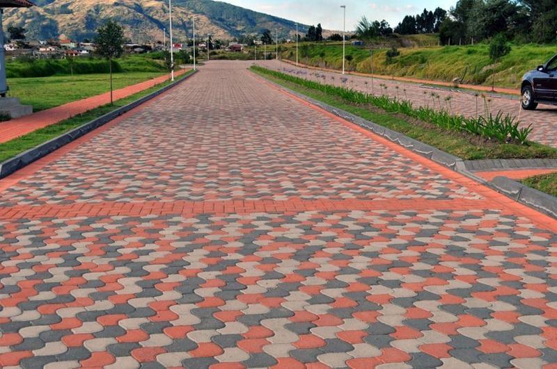 Foto Terreno en Venta en  Los Chillos,  Quito  ESPE, lote plano, urbanización Navarra, Primera Etapa