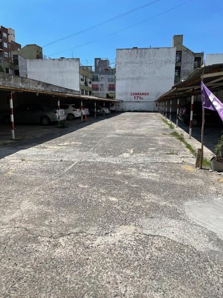 Foto Terreno en Venta en  Lomas de Zamora Oeste,  Lomas De Zamora  Laprida al 600