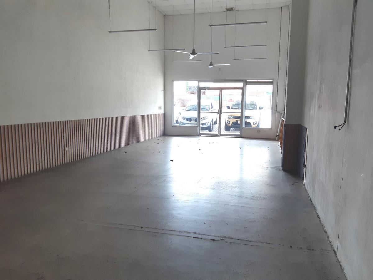 Foto Local en Renta en  Pozos,  Santa Ana  Santa Ana/ Local Comercial/ Alto Transito/ Cuota Mant. incluída