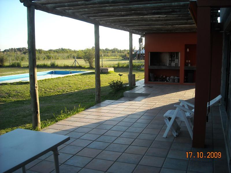 Foto Casa en Venta en  Santa Maria,  Countries/B.Cerrado (Escobar)  Mermoz 3010