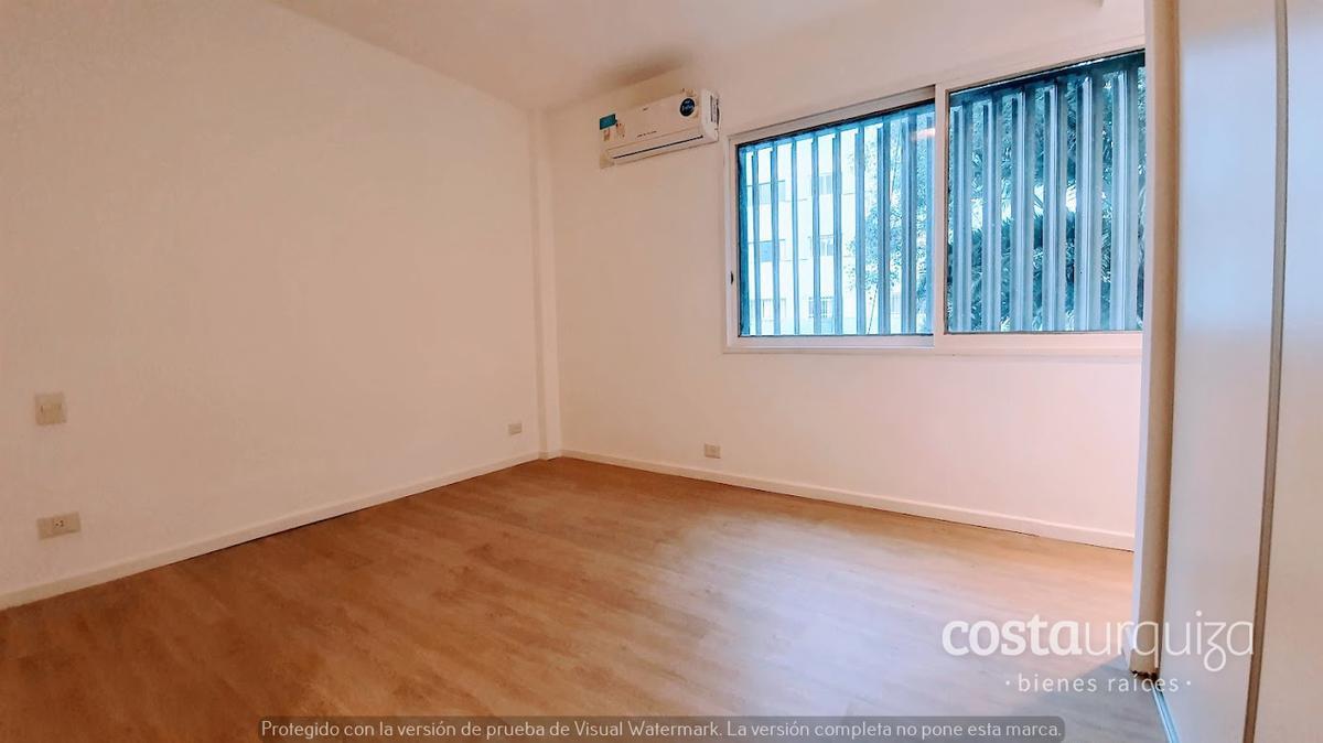 Foto Departamento en Venta en  Mart.-Vias/Santa Fe,  Martinez  Arenales 2000 1er piso