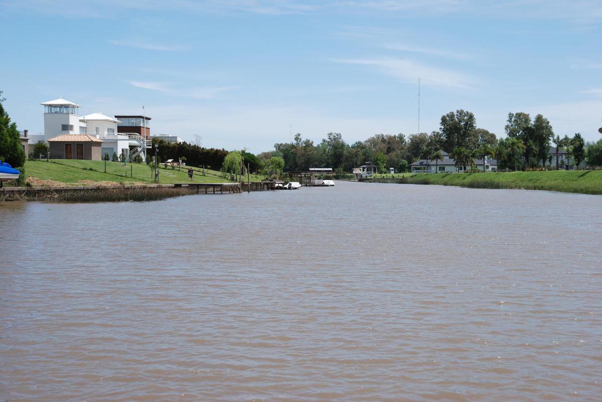 Foto Casa en Venta en  Santa Catalina,  Villanueva  EXCELENTE CASA