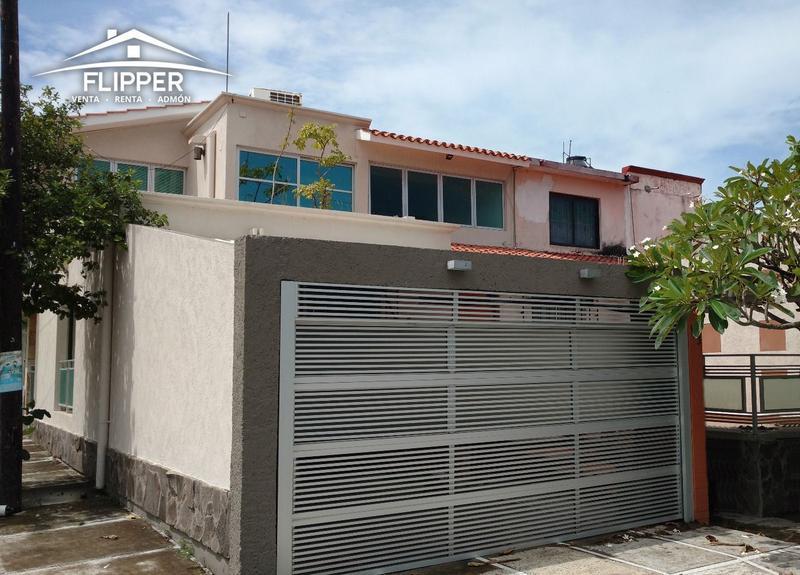 Foto Casa en Venta en  Veracruz ,  Veracruz  CASA EN VENTA EN ESQUINA EN FRACC. HORTALIZAS
